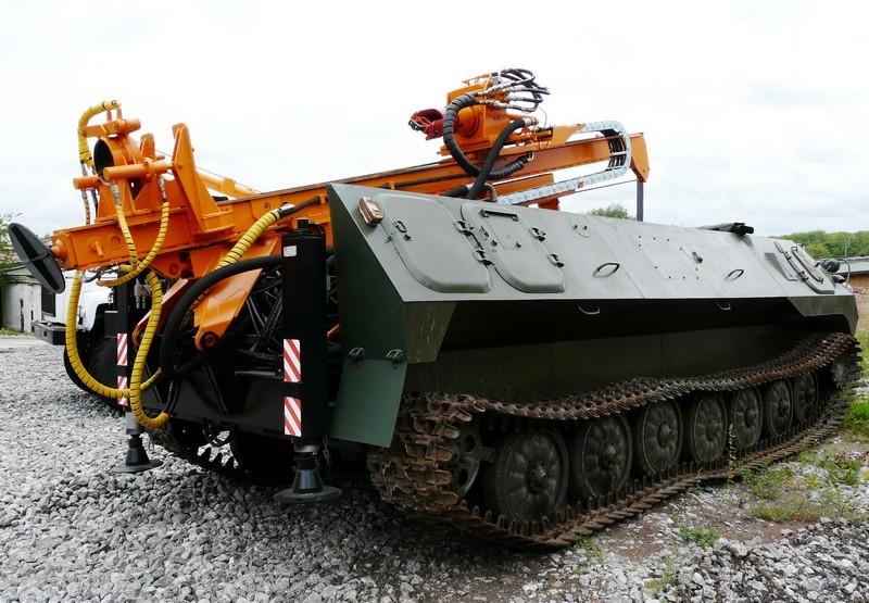 «Буровая установка для севера на МТЛБУ — новое решение»
